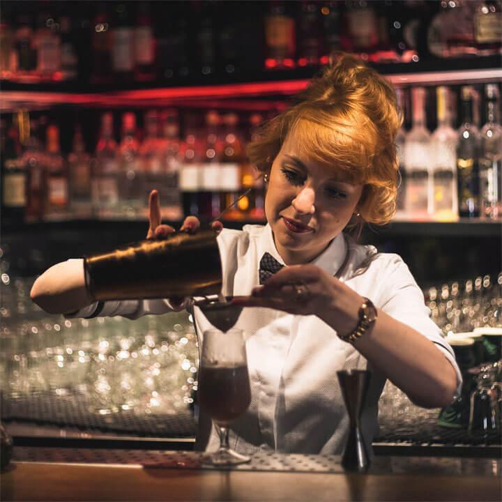 Pio Pio bartenders have flare